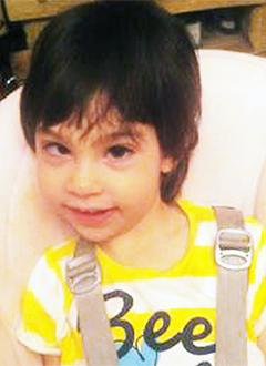 Вика Зокоева, 2 года, органическое поражение головного мозга, требуется лечение. 199740 руб.