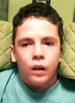 Назар Шакирьянов, 14 лет, последствия закрытой черепно-мозговой травмы, перелом таза, требуется инвалидное кресло-коляска. 419511 руб.