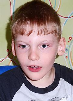 Артем Харин, 9 лет, детский церебральный паралич, эпилепсия, требуется лечение. 65436 руб.
