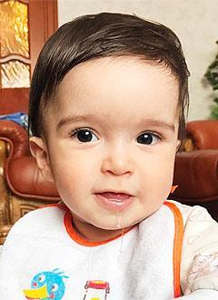 Артур Мхитарян, 9 месяцев, деформация черепа, требуется лечение специальными шлемами. 180000 руб.