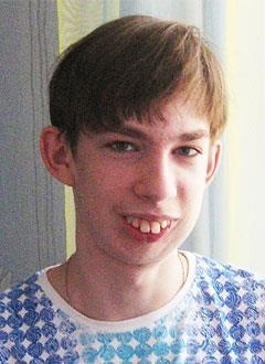 Данила Жук, 17 лет, дефект и недоразвитие нижней челюсти, деформация верхнего зубного ряда, требуется ортодонтическое и хирургическое лечение. 1056000 руб.