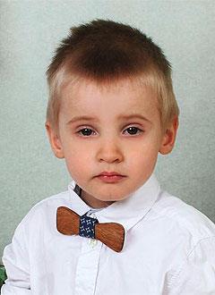 Ваня Сорокин, 2 года, несовершенный остеогенез, требуется курсовое лечение. 527310 руб.