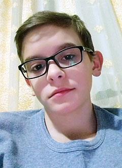 Махач Иманмурзаев, 12 лет, сложный врожденный порок сердца, стеноз легочной артерии, спасет эндоваскулярная операция. 214819 руб.