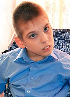 Олег Коркешко, 15 лет, детский церебральный паралич, требуется лечение. 199430 руб.