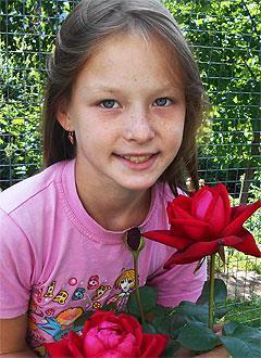 Таня Орлова, 13 лет, врожденный порок сердца, спасет эндоваскулярная операция. 172711 руб.