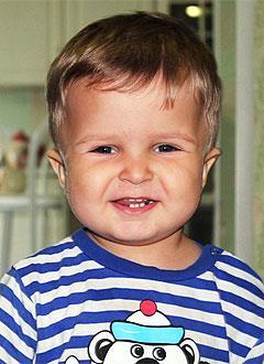 Ваня Сафонов, 3 года, несовершенный остеогенез, требуется курсовое лечение. 527310 руб.