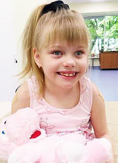 Ксюша Балуева, 9 лет, детский церебральный паралич, требуется лечение. 199430 руб.
