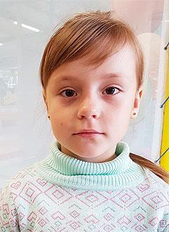 Ксюша Рябова, 6 лет, врожденный порок сердца, спасет эндоваскулярная операция, требуется окклюдер. 259098 руб.