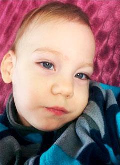 Ильяс Аглиуллин, полтора года, детский церебральный паралич, требуется вертикализатор. 205065 руб.