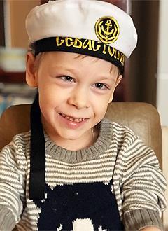 Денис Крылов, 7 лет, детский церебральный паралич, спастический тетрапарез, требуется лечение. 199420 руб.